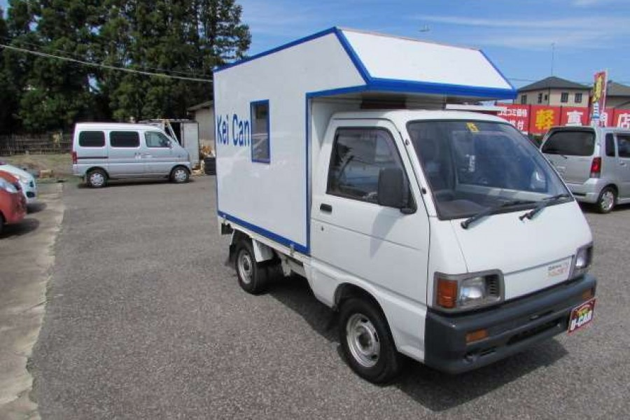 caravan mini trucks from Japan
