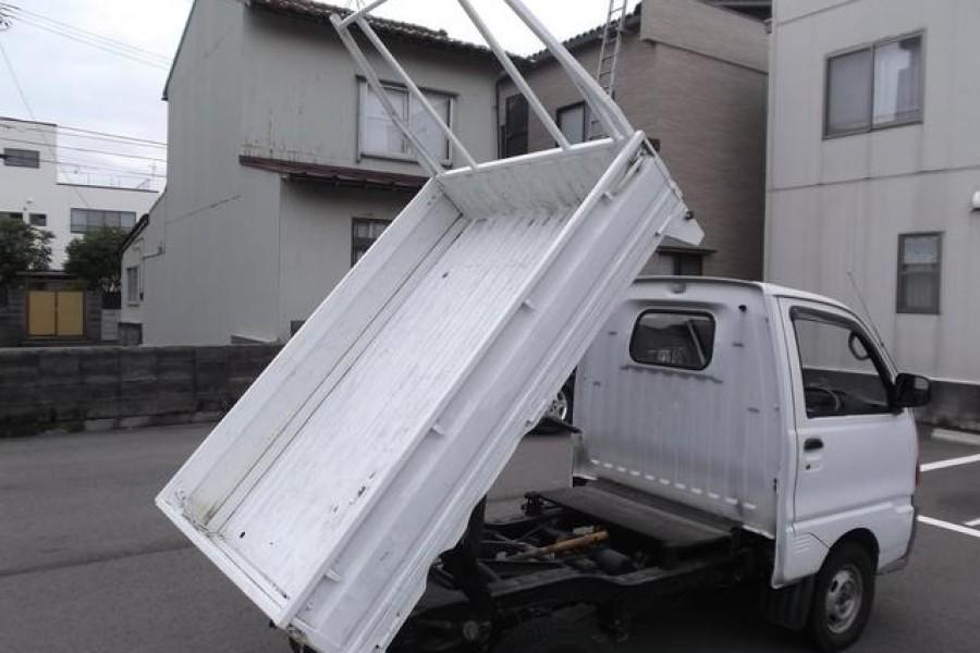 second hand Japanese mini trucks