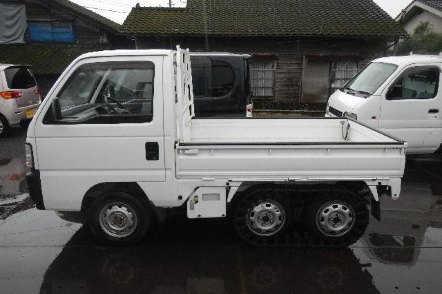 在缅因州出售的日本迷你卡车