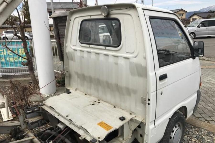 在英国出售的日本迷你卡车